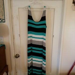 Worn twice Merona Maxi Dress Size Large